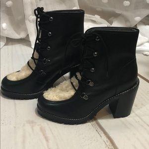 $180 Seychelles Black Combat style Boots w/fur 7.5